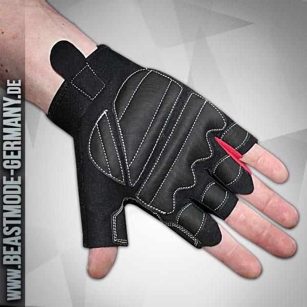 beastmodemaenner-handschuhe-schwarz-rot-rueckseite