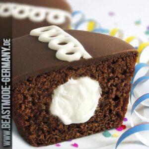 beastmode-cheatday-mrs-freshleys-cupcakes-chocolate
