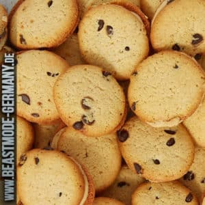 beastmode-buffbake-sandwich-cookies-peanutbutter-cup-detail
