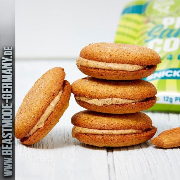 beastmode-buffbake-sandwich-cookies-snickerdoodle-detailq.jpg