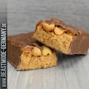 beastmode-snickers-hi-protein-limited-peanut-butter-bar-detail